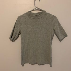 Uniqlo Mock neck Top